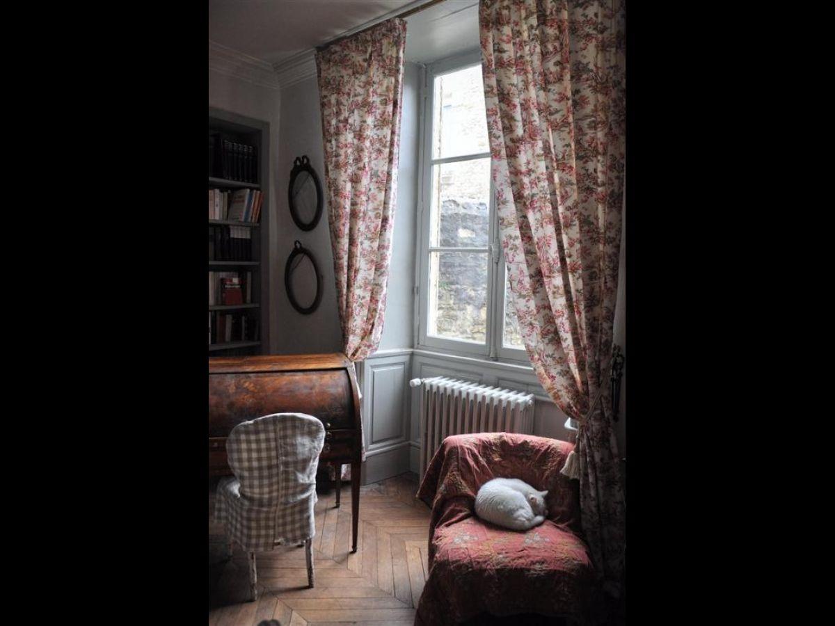 belles demeures maisons de caract re et villas manoirs. Black Bedroom Furniture Sets. Home Design Ideas
