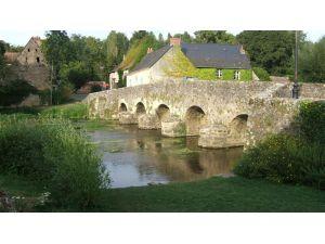 Pont d'Asnières sur Vègre