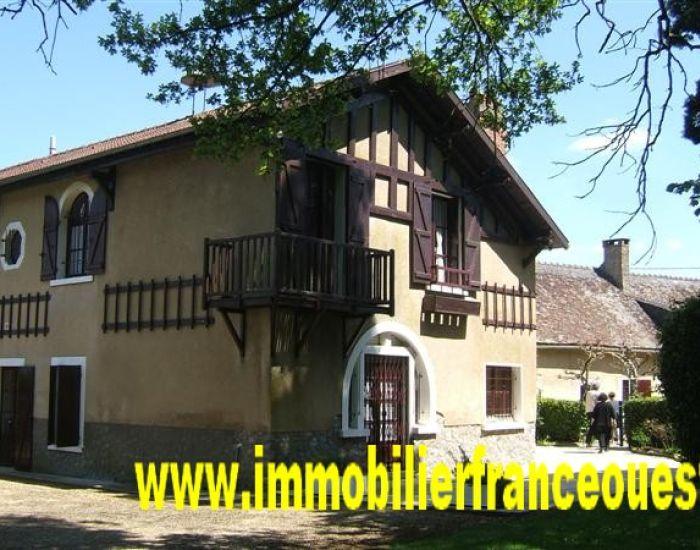 immobilier Sarthe (72):15 min Sud Sablé - Propriété campagnarde, idéale pour gîte ou chambres d'hôte