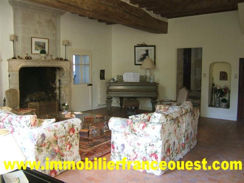 immobilier Sarthe (72):8. Salon