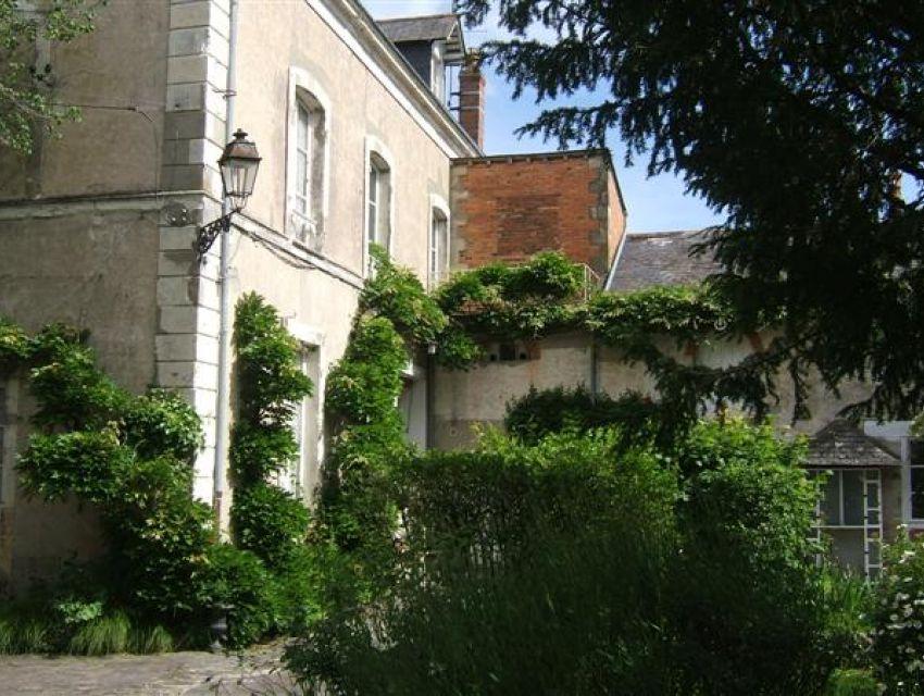 maison bourgeoise 72300 sablé sur sarthe - avec dépendances