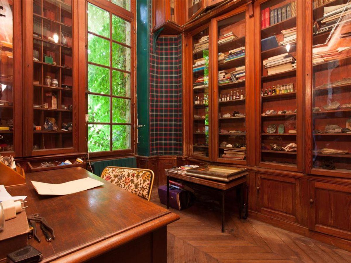 Propri t de caract re avec parc et tang demeure de for Bureau bibliotheque
