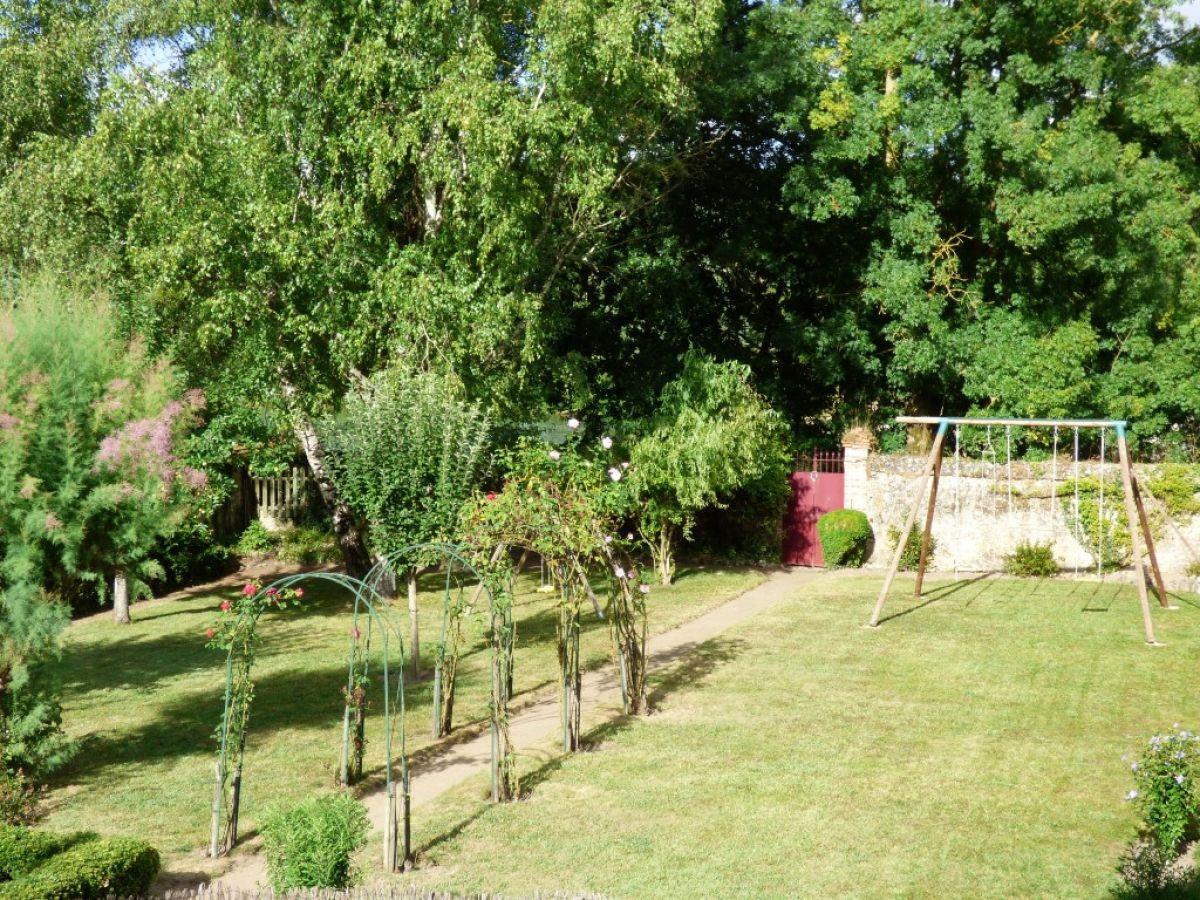 Maison de caract re parc sur sarthe bord de rivi re for Jardin clos