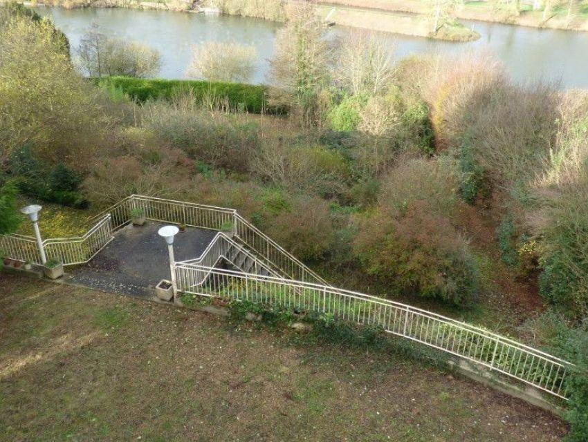 Vue sur la rivière 'la Sarthe'