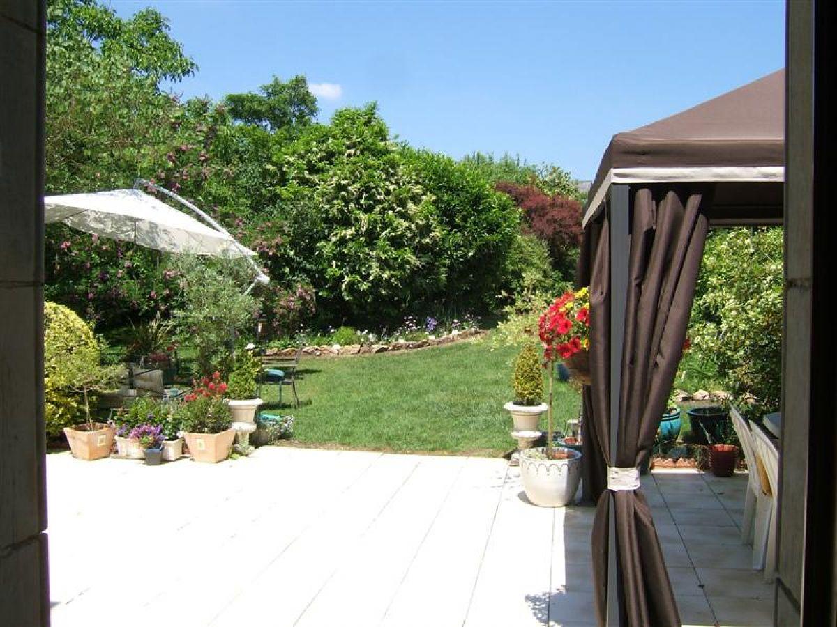 Maison de ma tre r gion malicorne axe sabl le mans - Restaurant terrasse jardin toulouse le mans ...