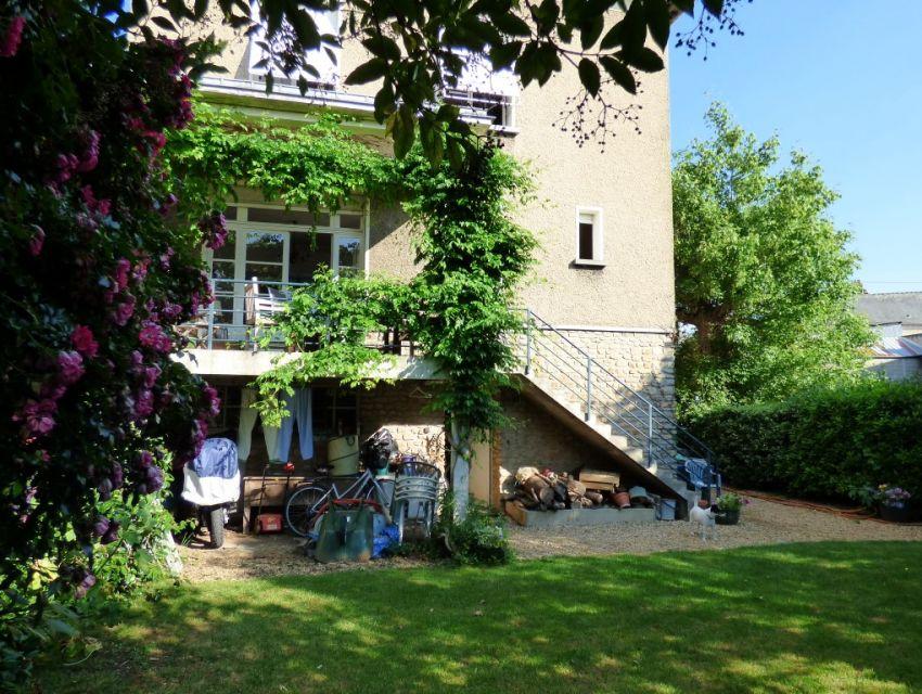 Demeure d but xx me charme et caract re centre ville de sabl belles demeures maisons de - Demeure de charme dom architecture ...