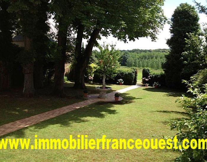 Nos biens la vente propri t s villageoises jusqu 39 for Entretien jardin sarthe