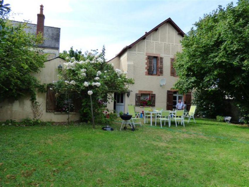 Asnières sur Vegre - Village médiéval classé